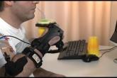 L'esoscheletro che supporta il movimento del braccio
