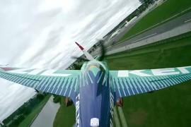 """Aeronautica e velocità """"Red Bull Air Race"""": l'Italia per la prima volta in gara"""
